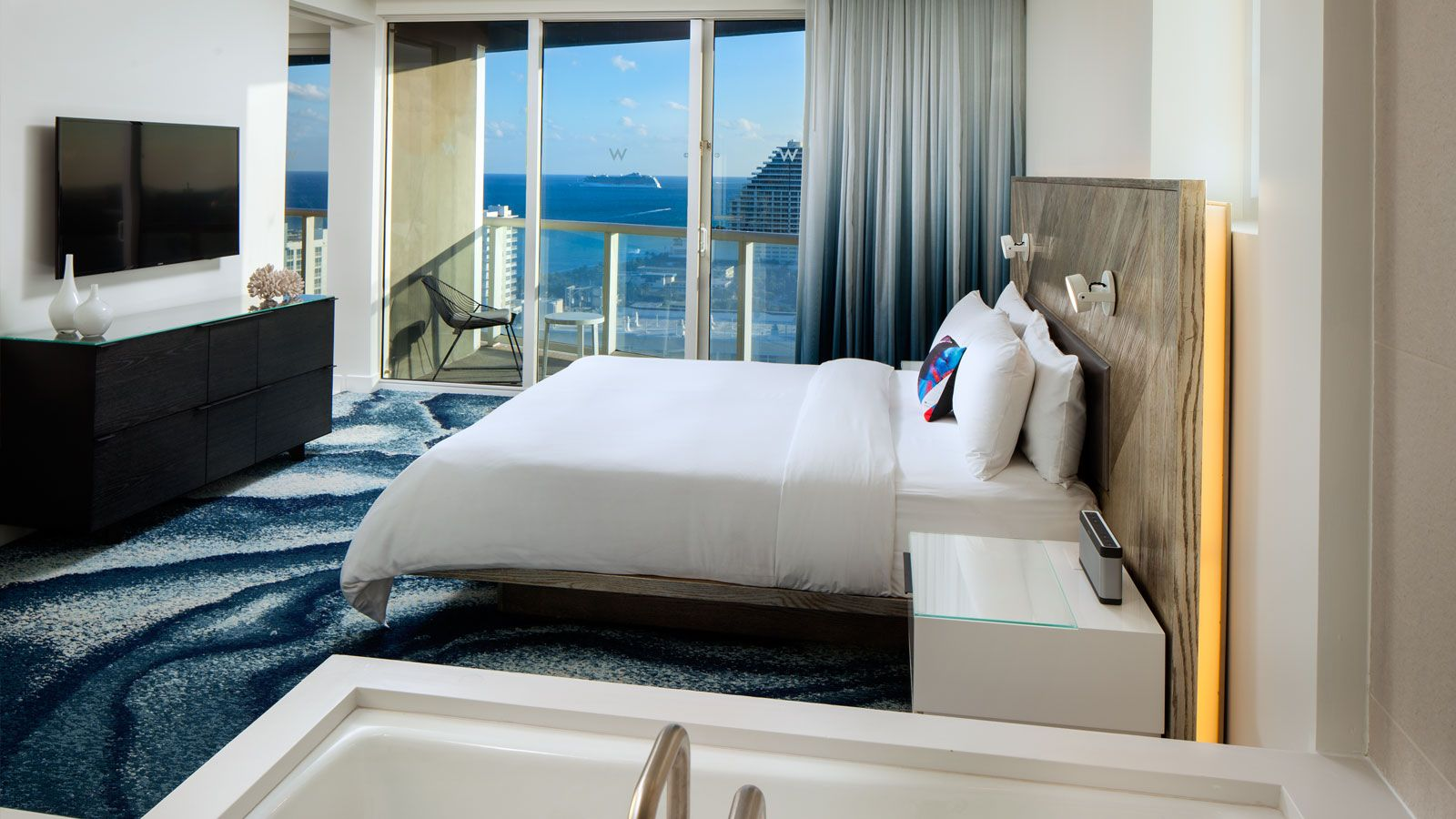 Spectacular Residential Ocean View Suite